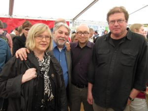 Elisabeth Nordgren Ricardo González Alfonson, Jarkko Tontin ja Lauri Otonkosken kanssa Maailman kirjat -festivaaleilla 2012.