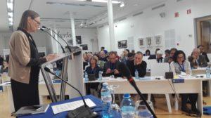 PEN-kongressissa kuultiin Laura García Lorcan, runoilija Federico García Lorcan sisaren tyttären puhe.