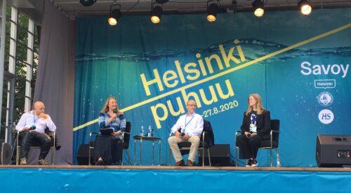 Helsinki puhuu -tapahtumassa Espan lavalla keskustelemassa Janne Saarijivi, Veera Tyhtilä, Tapani Kärkkäinen ja Reetta Aalto