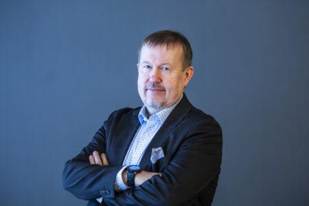 Yhteiskuntatieteiden tohtori Tapio Kujala